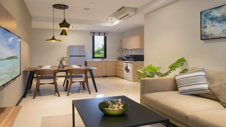 long term service apartments in singapore